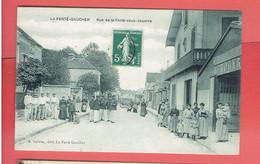 LA FERTE GAUCHER RUE DE LA FERTE SOUS JOUARRE CAFE GENDARMES CARTE EN TRES BON ETAT - La Ferte Gaucher