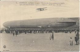 DIRIGEABLE.LUNEVILLE Un Zeppelin Et Le Biplan D' Hauteroche - Luneville