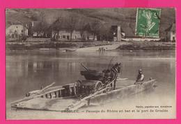CPA (Réf: Z 3337) GROSLÉE (01 AIN) Passage Du Rhône En Bac Et Le Port Cheval Et Calèche - Andere Gemeenten