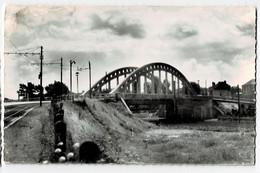"""ANZIN  59  Le Pont De La Bleuse - Borne """" Chemin De Fer """" 1969  ( Voir Dos ) - Anzin"""