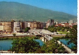Macedoine Skopje Ville Pont Voiture Autumobile Montagne Batiment Edifice Patrimoine Histoire - Macedonia