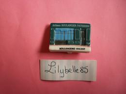 Feve PERSO En Porcelaine - BOULANGERIE VINCENT - BESNE 2011  ( Feves Figurine Miniature ) - Région