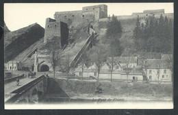 +++ CPA - Souvenir Du Château De BOUILLON - Le Pont De France  // - Bouillon