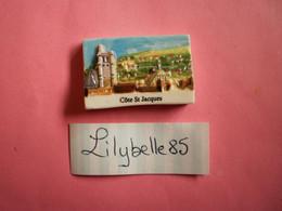 Feve PERSO En Porcelaine - COTE SAINT JACQUES - CHEVALIER JOIGNY 2012  ( Feves Figurine Miniature ) - Regio's