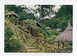 CP Utilisée. Ile Maurice, Mauritius. Le Domaine Du Chasseur. Chasse Au Cerf Et Belles Promenades. Paysage Nature Huttes - Mauritius
