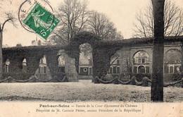 PONT SUR SEINE - Entrée De La Cour D'honneur Du Château De Mr Casimir Périer, Ancien Président De La République - Autres Communes