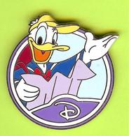 Pin's BD Disney Donald Canard Casquette Jaune - 1E10 - Disney