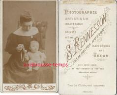 CDV Maman Et Son Bébé  Photo Rennesson à Sedan - Oud (voor 1900)