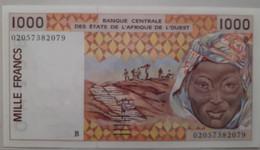 """BENIN West African States 1000 Francs 2002 Benin UNC """"B"""" Banque Centrale Des Etates De L'Afrique De L'Ouest - Benin"""
