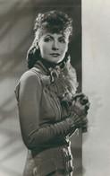 Greta Garbo5   PHOTO POSTCARD - Beroemde Vrouwen