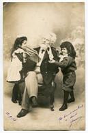 LOT 9 CPA  Enfants Et Grand Père 1903 - Groupes D'enfants & Familles