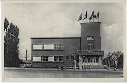 Zelzate.  -   Gemeentehuis   -   1953   Naar   Heist Aan Zee - Zelzate