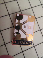 720 Pins Pin's / Rare & Belle Qualité THEME CARBURANTS / K'92 STATOIL - Carburants