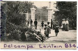 - LA CIOTAT - Le Jardin De La Ville, Super Animation, Enfants, Chapeaux, écrite, 1929, Coins Impeccables, TTBE, Scans. - La Ciotat