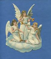 Beau Format Chromo Decoupis Ange Angelot Musicien Trompe Trompette Nuage Religion 16 Cm - Angels