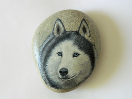 Original Painting Of A Husky Dog Hand Painted On A Spanish Beach Stone Paperweight Decoration - Dogs