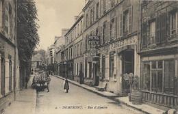 DOMFRONT - Rue D'Alençon - Domfront