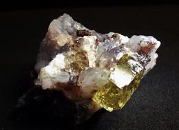 Fluorapatite (2.5 X 2 X 2 Cm) -  Cerro De Mercado Mine - Durango -  Mexico - Minéraux