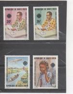 HAUTE-VOLTA  - Communications : Année Mondiale - Courrier Postal, Transports, Téléphone - Personnages - - Upper Volta (1958-1984)