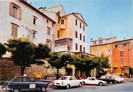 FAYENCE - La Rue Principale - Automobiles - Restaurant-Hôtel De France - Fayence