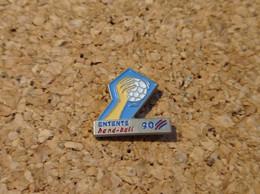 PINS HAND BALL ENTENTE 90 - Pallamano
