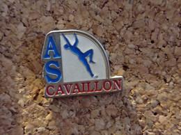 PINS ATHLETISME SAUT A LA PERCHE CAVAILLON (84) - Atletica
