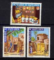 HAUTE-VOLTA - N° 264/266° - HABITAT TRADITIONNEL - Upper Volta (1958-1984)
