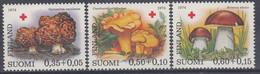 +M642. Finland 1974. Red Cross Charity. Michel 753-55. AFA 760-62. MNH(**). Observe Description! - Finland