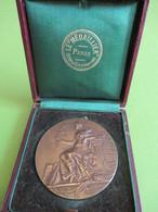 Médaille De Table Avec écrin / Ecole Nationale Des Beaux Arts/ DIJON / Bronze / Adolphe RIVET/Vers 1890-1900    MED388 - France