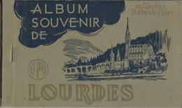 CARNET Complet De 10 Cartes Postales Anciennes De LOURDES. - Lourdes
