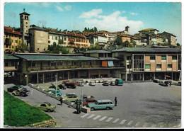 Feltre (Belluno). Piazza Vittorino Da Feltre - Auto, Car, Voitures. - Belluno