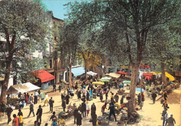 DRAGUIGNAN - La Place Du Marché - Draguignan
