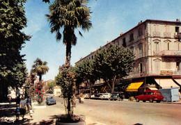 DRAGUIGNAN - Boulevard Georges Clémenceau - Automobiles - Draguignan