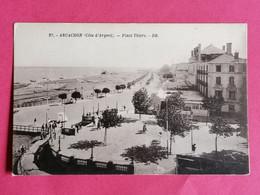 33 ARCACHON-  PLACE THIERS,ANIMEE    27 /09 /20 - Arcachon