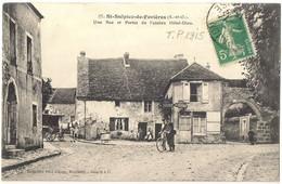 Saint Sulpice De Favieres - Une Rue Et Portes De L'ancien Hôtel Dieu Facteur - Saint Sulpice De Favieres