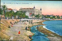 Cannes - La Plage Et Le Carlton Hotel - Cannes