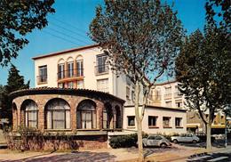 FREJUS - UDIMA Maison Familiale De Vacances L'Oiseau Bleu, 1042 Boulevard De La Mer - Frejus