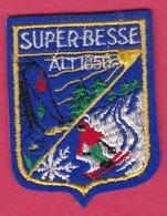 Ecusson Tissu SUPER BESSE Puy De DOme  ( Piane - Patches