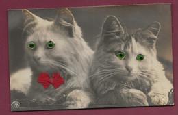 280920B - CHAT - 2 Chats Aux Yeux Verts En Verre Et Ruban Rouge - Katzen