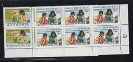 HONDURAS  - 2000 - INTERNATIONAL VOLUNTEERS SET OF 2  IN BLOCKS OF 6 MINT NEVER HINGED - Honduras