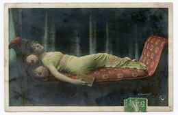 Jeune Femme Lascive. Invitation Au Voyage ?? - Women