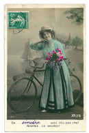 CPA Fantaisie - De .. Petit Trou Pas Cher Recevez Ce Souvenir - Femme Bicyclette - Women