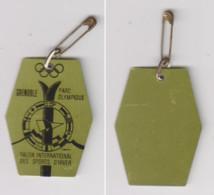 GRENOBLE J-O 1968 Badge D'entrée Au Parc Olympique. - Kleding, Souvenirs & Andere