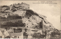 CPA EYZIES Ruines De L'ancien Chateau Bati Dans Les Flancs Du Roche (122289) - Andere Gemeenten