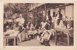 VILAOUT20-  LIBREVILLE AU GABON  LE DISPENSAIRE LES SOEURS BLEUES  DE CASTRES AU GABON - Gabón