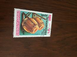 CAMBOGIA ARTIGIANATO LOCALE 1 VALORE - Postzegels