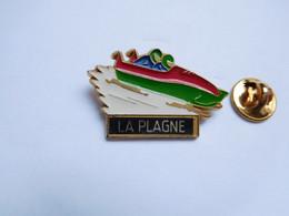 Beau Pin's , JO , Jeux Olympiques  Albertville 1992 ?? La Plagne , Bobsleigh , Signé Martineau - Olympic Games