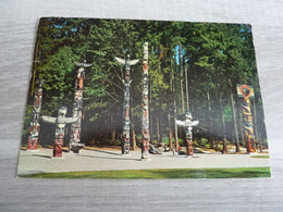 VANCOUVER - TOTEM POLES - EDITIONS V.WRIGHT - VICTORIA - - Vancouver