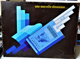 Rare Plaque Tôle Publicitaire Cigarettes Gauloises Longues 40 X 30 Cm - Targhe In Lamiera (a Partire Dal 1961)