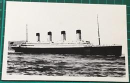 RMS Titanic White Star Line ~ Black & White Limited Edition 500 ~ Postcard - Piroscafi